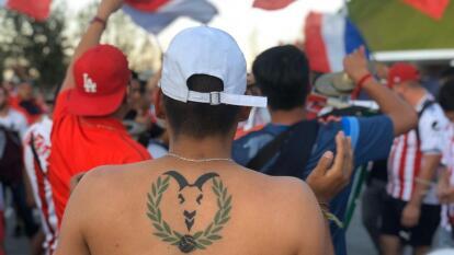 El 11 de enero volvió la actividad para Chivas en el Clausura 2020. En las afueras del inmueble se preparó carnita asada, banderas y mucho apoyo por parte de los aficionados del Rebaño Sagrado y los Bravos de Juárez.