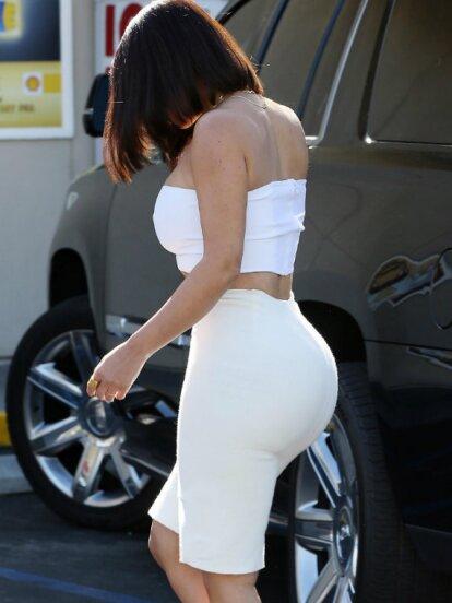 La socialité Kim Kardashian, además de presumir una increíble figura, luce nuevo corte de cabello al estilo Bob.