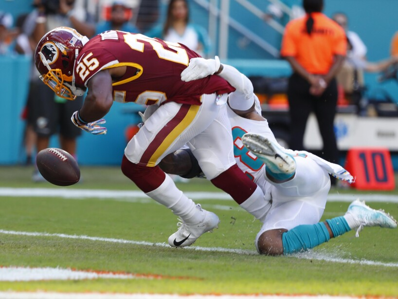 Bobby McCain, Adrian Peterson
