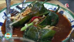 Cocinando con las estrellas: Chiles rellenos de setas con salsa de chile pasilla