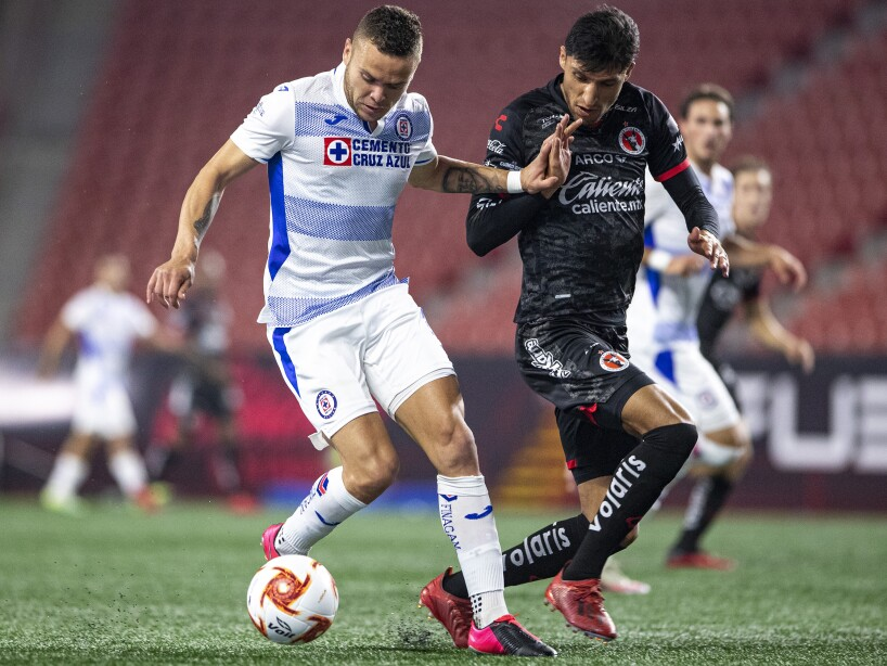 Xolos vs Cruz Azul2.jpg