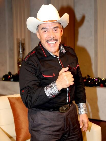 La vida amorosa de Don Pedro Rivera nuevamente acaparó los titulares al presentar a su nueva esposa en un programa de televisión. Recordemos su historial amoroso.