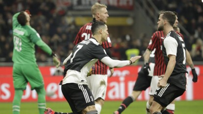 El portugués marcó de último minuto para darle el empate a Juventus 1-1