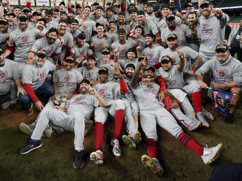 Los Washington Nationals, después de calificar por 'wild card game', vencieron en siete juegos a los Houston Astros y cumplieron su sueño de ganar la Serie Mundial 2019. Es la primera vez en la historia de la franquicia que conquistan la MLB.