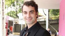 ENTREVISTA: ¡Carlo Guerra se involucra con un hombre casado!