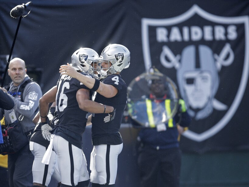 Derek Carr, Tyrell Williams