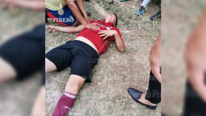 Así terminó un futbolista amateur que no hizo caso a la cuarentena y terminó lesionado, ocurrió en Oaxaca, México.
