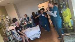 Enfermeras sorprenden a una paciente con cáncer con un 'concierto' de Backstreet Boys