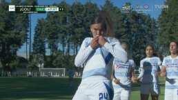 ¡Se adelanta Cruz Azul! Curiel anota el penalti polémico para el 0-1