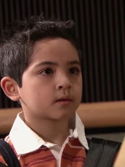 Hace 14 años se estrenó la telenovela 'La fea más bella', la cual fue estelarizada por Angélica Vale, Jaime Camil y Elizabeth Álvarez; además de los protagonistas, uno de los personajes que se robó la atención fue el adorable 'Cuco', encarnado por Alejandro Correa.