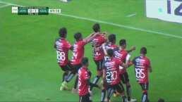 ¡Se mete hasta la cocina! Jairo Mungaray empata 1-1 ante Chivas