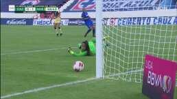 ¡Atacan las Águilas! Dorian Hernández tuvo a centímetros el 0-2