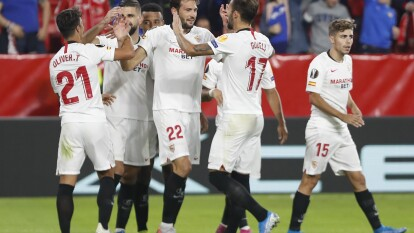 Sevilla clasifica como líder del grupo A, al llegar a 15 unidades.