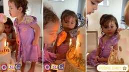Sin planearlo, mellizas de Jacky Bracamontes recrean el video viral de las hermanas del pastel
