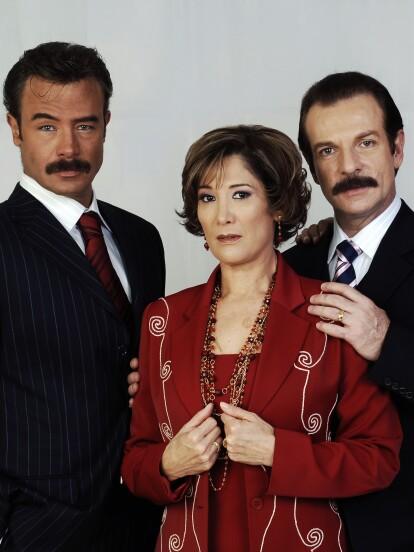 'Destilando Amor' fue una telenovela que se estrenó por primera vez en 2007 por Las Estrellas. Ahora, a más de 13 años, la historia entre 'Gaviota' y 'Rodrigo' ha conquistado nuevamente al público con su reestreno. A continuación, te mostramos cómo cambió el elenco secundario de este gran proyecto liderado por Nicandro Díaz.