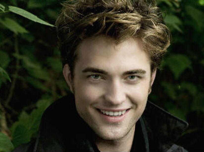Robert Thomas Pattinson nació el 13 de mayo de 1986, en Londres, Inglaterra. ¿Qué tal anda su inglés?