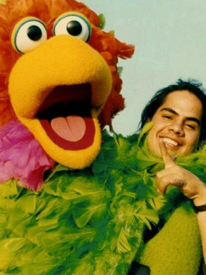 Uno de los programas infantiles más recordados es sin duda 'Plaza Sésamo', emisión que le dio a Eugenio Bartilotti la oportunidad de dar vida al carismático y simpático 'Abelardo' de 1995 a 2004.