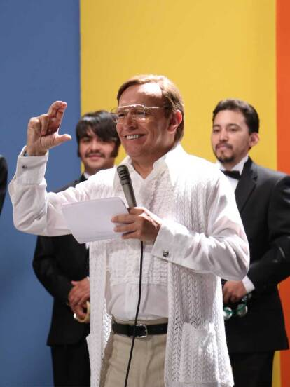 """Raúl Velasco y su programa """"Siempre en Domingo""""."""