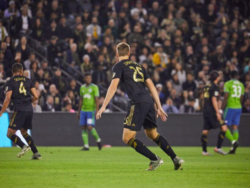 Edaurd Atuesta (17') abrió el marcador para LAFC. Raúl Ruidíaz (22', 64') y Nicolás Lodeiro (26') anotaron por los visitantes.