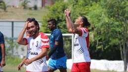 'Gullit' Peña vuelve a meter un gol ¡3 años después!