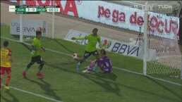¡Llega el 3-0 para Juárez! VAR, penalti y anotación de Rolán
