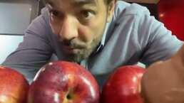 A Eugenio Derbez le ganó el ocio y se las ingenió para divertirse con estas manzanas