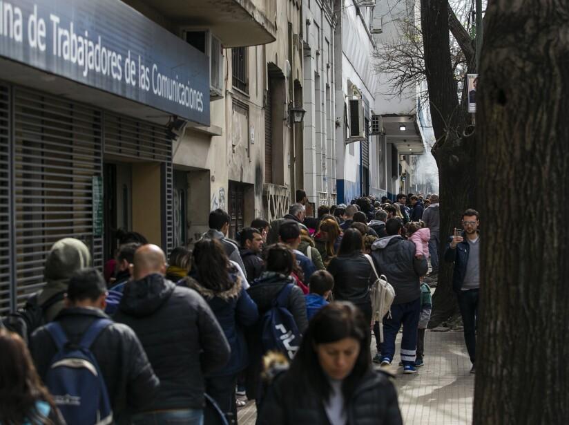 Fever For Arrival of Maradona to Gimnasia y Esgrima La Plata