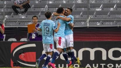 Con un doblete de Franco jara en menos de 10 minutos, Pachuca gana y se lleva los tres puntos en el estadio Jalisco.