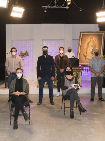 La telenovela 'Vencer el Desamor' inició de manera oficial con sus grabaciones en Televisa San Ángel, con la presencia de todo el elenco física y virtualmente.