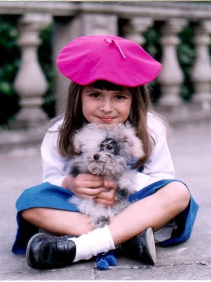 'Carita de Ángel' fue un de las telenovelas infantiles más exitosas de la televisión mexicana. La producción fue protagonizada por Daniela Aedo, quien daba vida a la tierna y simpática 'Dulce María'. Ahora mira la radical transformación que sufrió la actriz 20 años después del estreno del melodrama.