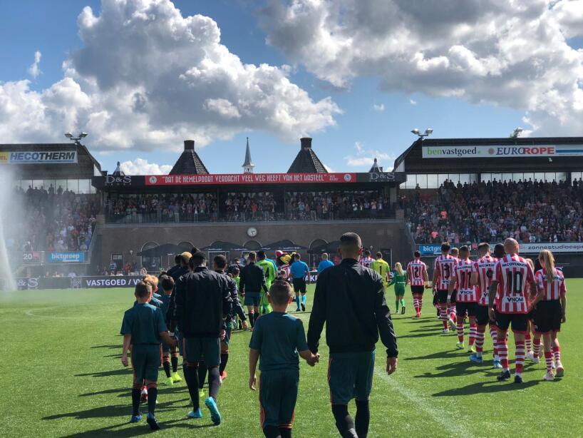 Ajax vs Rotterdam.jpg