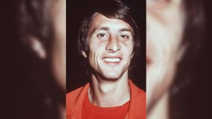 En 1969, antes de convertirse en una estrella mundial, grabó el tema 'Otro buen chut', también conocido como 'Oei Oei Oei'. En Barcelona también prestaría su voz para grabar un tema para los blaugranas.