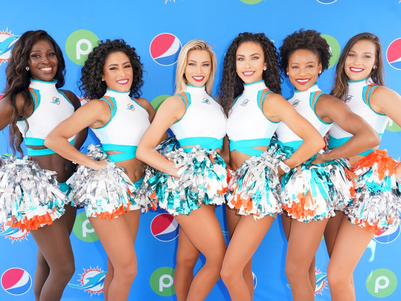 Pepsi and Publix Celebrate Hispanic Heritage Month with Ally Brooke and Miami Dolphins