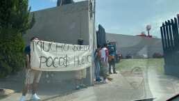 Aficionados de San Luis reclamaron con mantas a jugadores