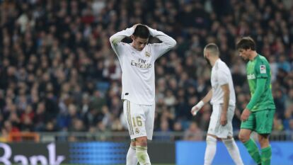 James Rodríguez no es feliz en Madrid y sabe que su futuro está lejos del Santiago Bernabéu; no entiende la falta de oportunidades.