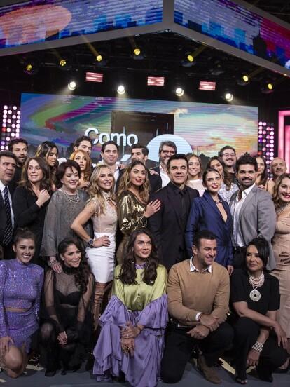 Adrián Uribe encabezó la presentación de la telenovela 'Como tú no hay 2' en compañía de Claudia Martín y Estefanía Hinojosa; se estrenará el 24 de febrero con Las Estrellas a las 8:30 de la noche.