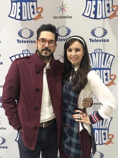 Además de ser una de las actrices consentidas de la televisión mexicana, Andrea Torre, quien da vida a 'La Nena' en 'Una Familia de 10', es la orgullosa madre de Regina, Federico y Diego, los tres hijos que ha tenido con su esposo, el productor Pedro Ortíz de Pinedo.