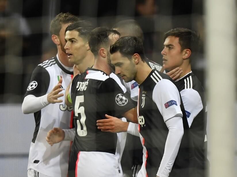 En el Parque de los Príncipes PSG tundió 4-0 a Galatasaray y avanzan invictos a la siguiente ronda de la UEFA Champions League.