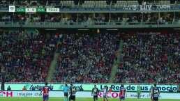 ¡Se arma la fiesta en Guadalajara! Aficionados iluminan el estadio