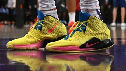 Tras el cambio de reglas de la liga, los basquetbolistas están al último grito de la moda en cuanto a calzado se refiere.