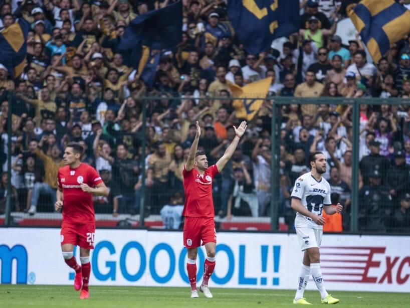 Toluca vs Pumas 1.jpg