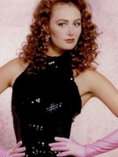 En 1992, se estrenó la telenovela 'María Mercedes', protagonizada por Thalía, Arturo Peniche, Laura Zapata, Gabriela Goldsmith, Carmen Salinas y Nicky Mondellini.