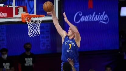 Los Denver Nuggets se imponen a los LA Clippers y alargan la serie   Con un marcador de 111-105, los Nuggets siguen en la lucha por llegar a la Final de Conferencia.