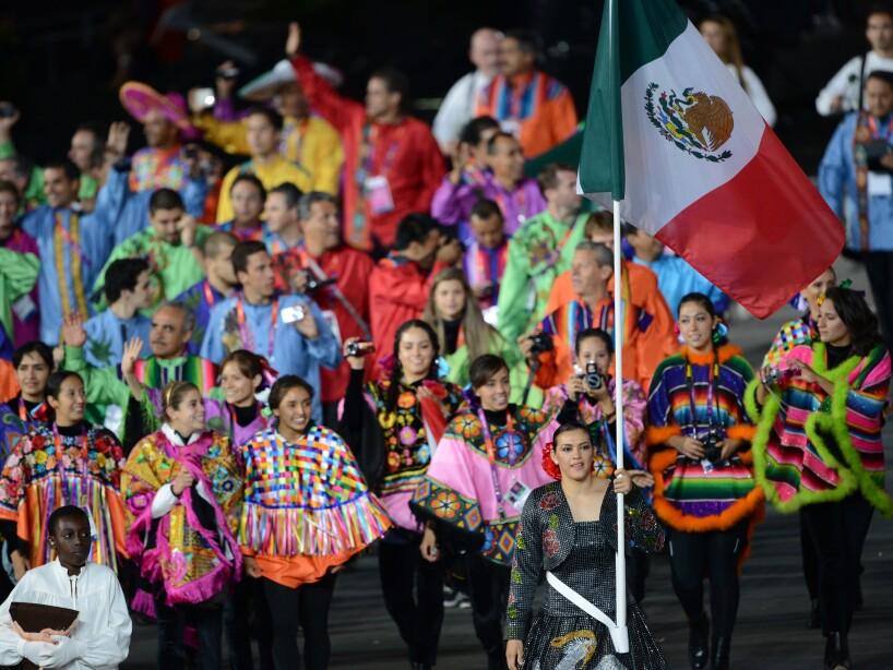 Mexico's flagbearer Maria del Rosario Es