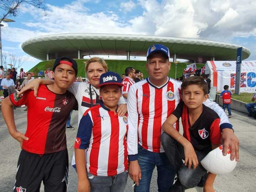 Chivas vs Atlas, El color, 1.jpeg