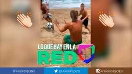 ¡Arquero! Totti hace la de Buffon en una 'cascarita' en la playa