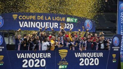 Las postales de los festejos del PSG tras conseguir la Copa de la Liga de Francia | Neymar, Navas y Mbappé celebraron un nuevo título con la escuadra de domina la Ligue 1.