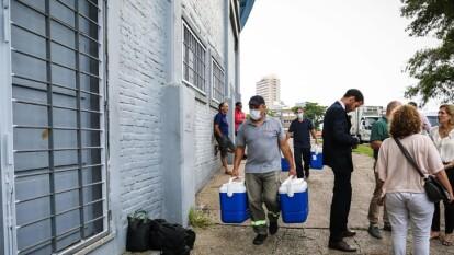 Las personas que ya se ubican en el Centenario permanecerán en el complejo hasta que termine la emergencia sanitaria.