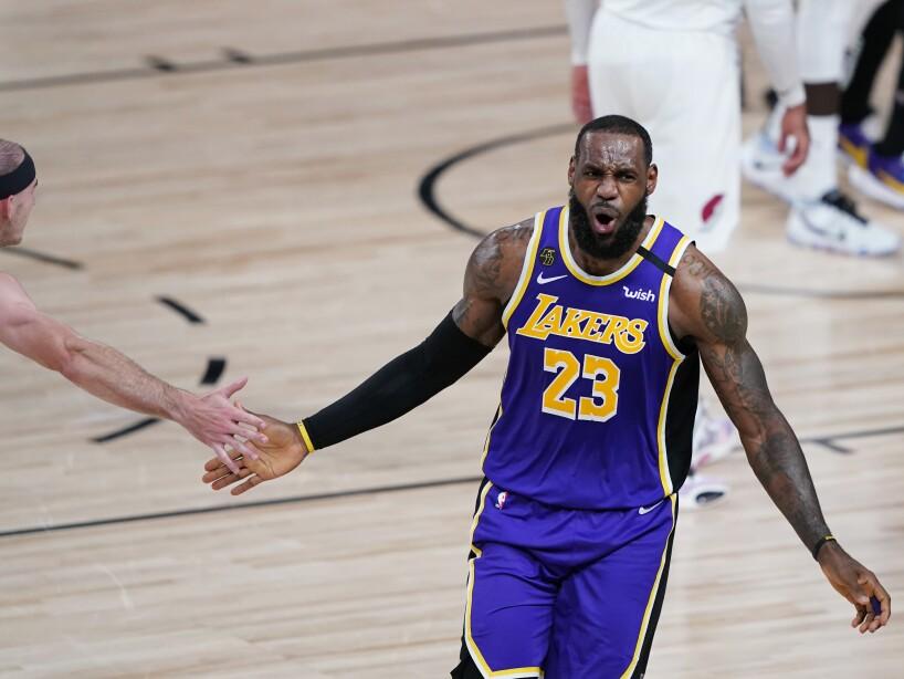 APTOPIX Lakers Trail Blazers Basketball