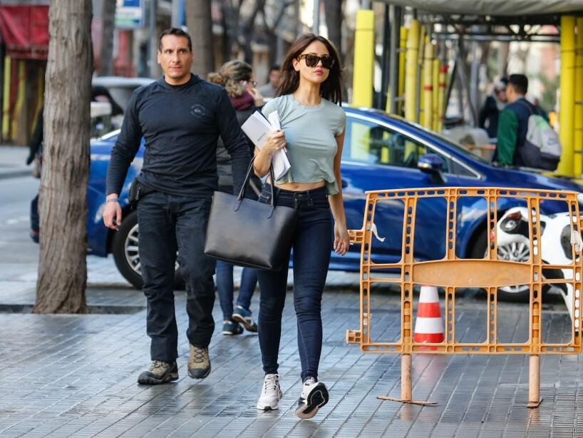 b6aed5dec72e Eiza González se pasea en España sin ropa interior | Lo Último | Las ...